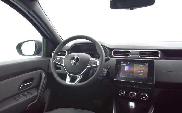 Центральная консоль Рено Дастер в новом кузове